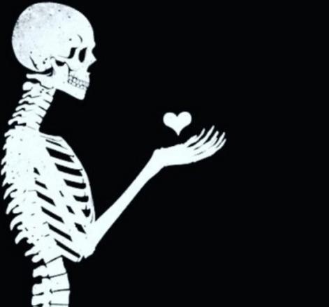 hitam putih cinta cinta